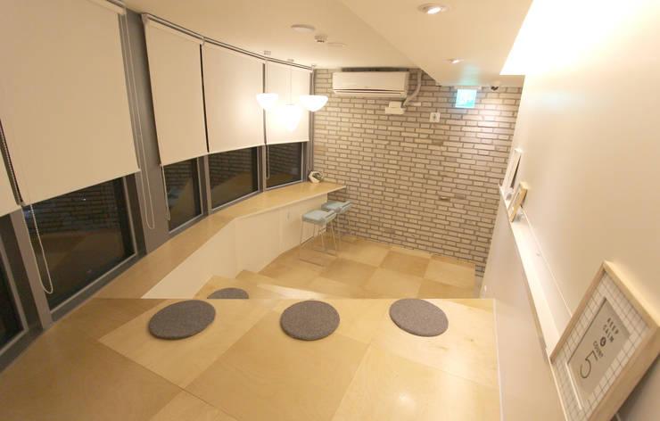 Haru Hostel : 디자인 스튜디오 파브의  벽