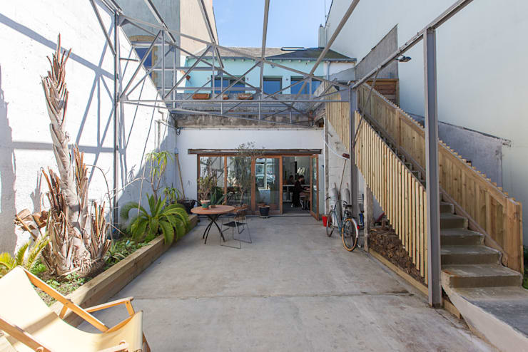 industrial Conservatory by bertin bichet architectes