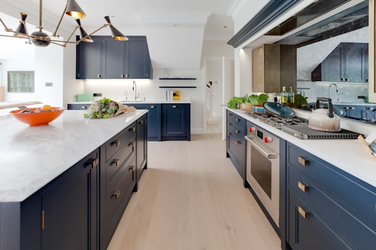 Cocinas de estilo  por Mark Taylor Design Ltd