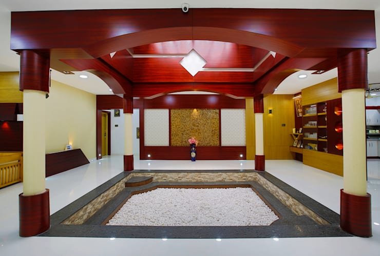 Elegance at Its Best!:  Living room by Premdas Krishna