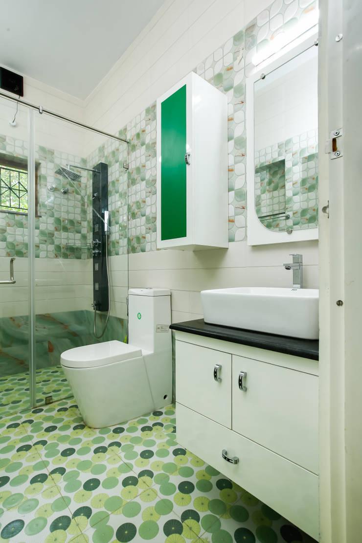 Feel Beauty of Richness..:  Bathroom by Premdas Krishna