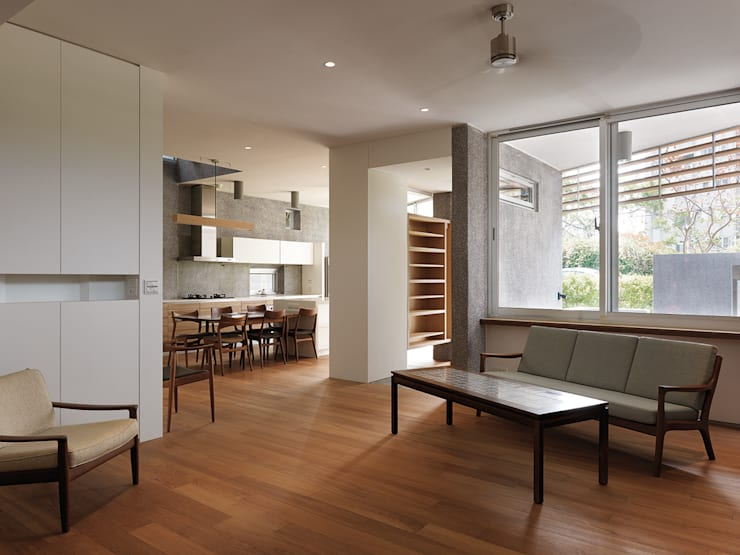 YS114 House:  客廳 by 前置建築 Preposition Architecture