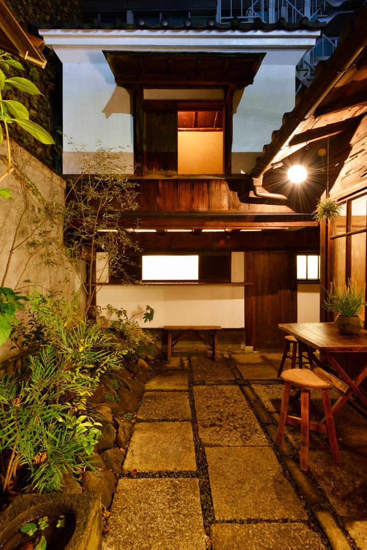 中庭: 株式会社SHOEIが手掛けた庭です。,オリジナル