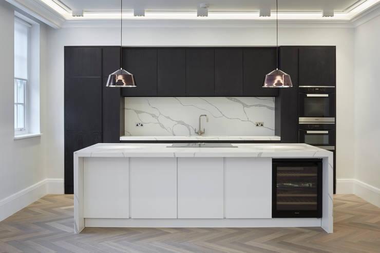 Black Kitchen Cocinas de estilo minimalista de Jigsaw Interior Architecture Minimalista Mármol