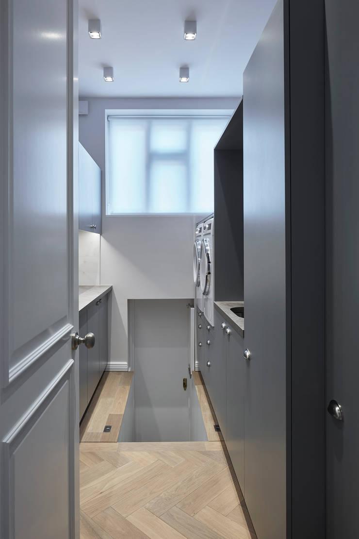 Hampstead Heath Home Bodegas de vino de estilo minimalista de Jigsaw Interior Architecture Minimalista Madera Acabado en madera