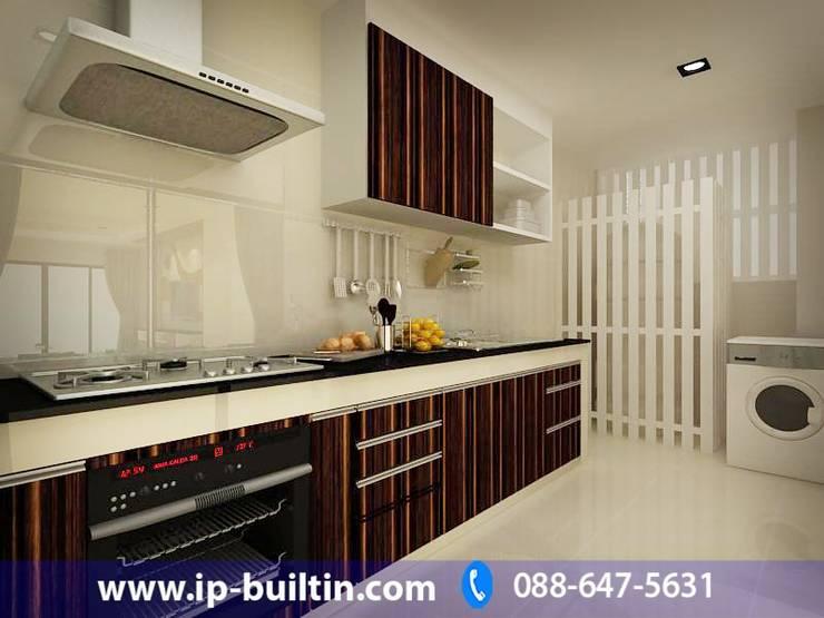 ตกแต่งภายใน ห้องครัว:   by IP BUILT IN
