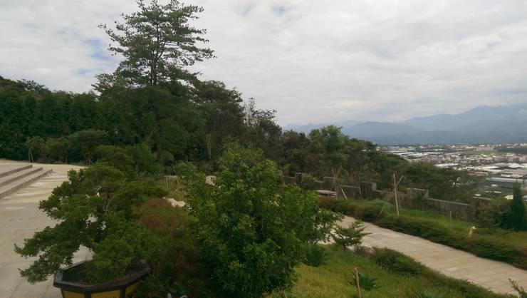 Garden by 寶樹堂營造工程, Country