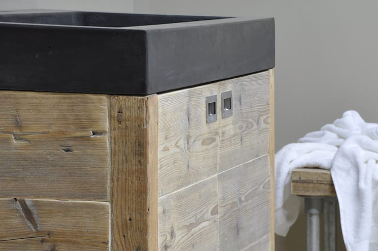 Badkamermeubel Van Steigerhout : Badkamermeubel steigerhout met staal tevens staal met eiken