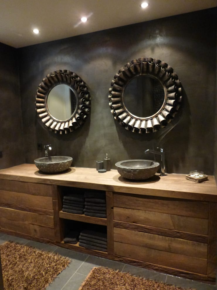 Mooie moderne badkamer met RestyleXL Badkamermeubel:  Badkamer door RestyleXL, Industrieel