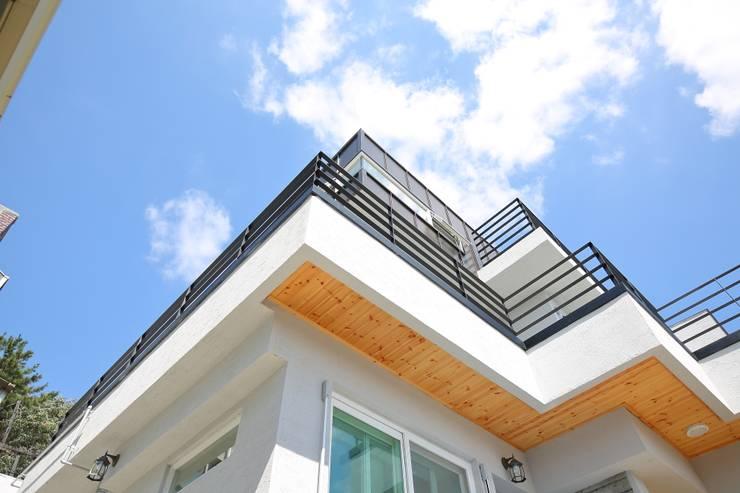 대구 수성구 범어동 인테리어 리모델링: inark [인아크 건축 설계 디자인]의  주택