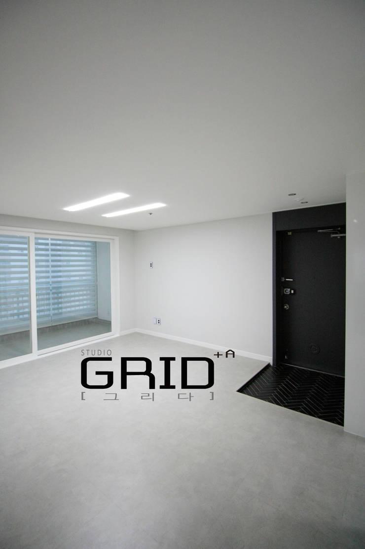 20평대 거실인테리어: Design Studio Grid+A의  거실,모던