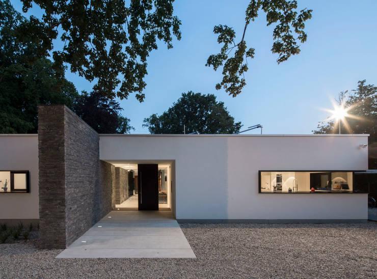 房子 by htarchitektur