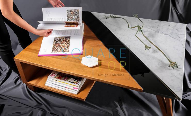 Mesa de centro Versiliana, Elige Arabescato o Bianco Carrara.:  de estilo  por SquareTop Design, Escandinavo Mármol