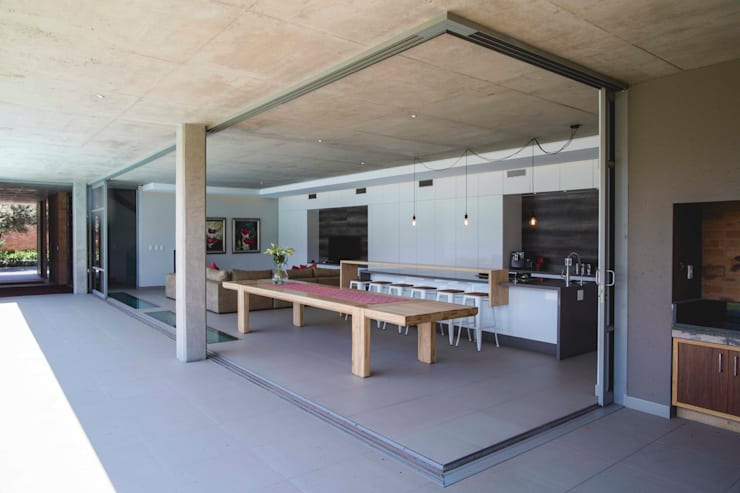House Swart (Cameron Court Unit 1):  Kitchen by Swart & Associates Architects