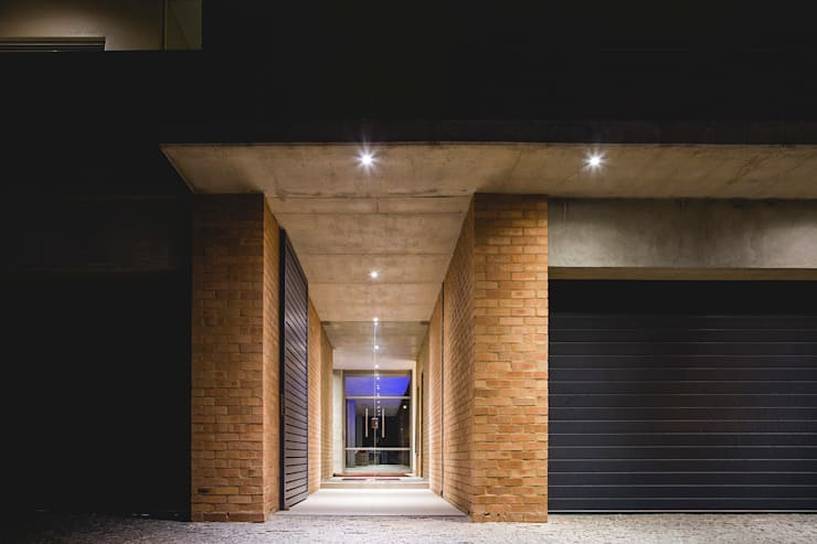 House Swart (Cameron Court Unit 1):  Houses by Swart & Associates Architects
