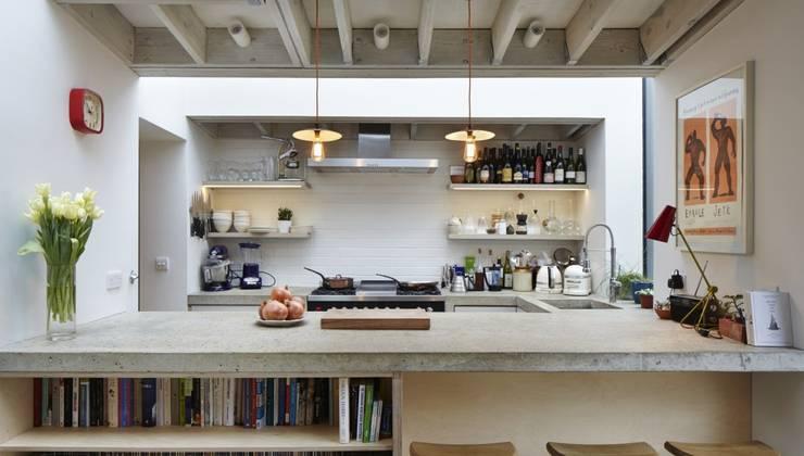 廚房 by Fraher Architects Ltd