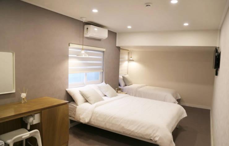 Bedroom by 디자인 스튜디오 파브
