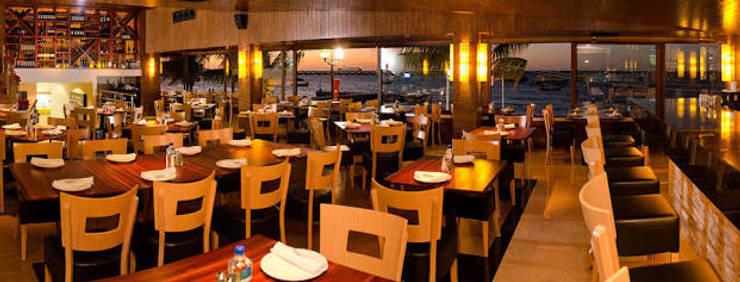 Restoran oleh FRACTAL CORP Arquitectura, Modern Kayu Wood effect
