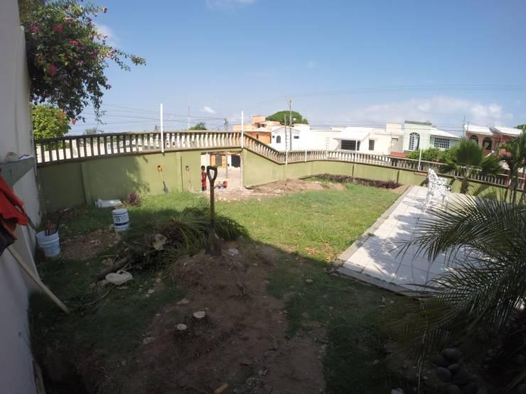 aprovechando el jardin : Jardines de estilo clásico por Ma&Co