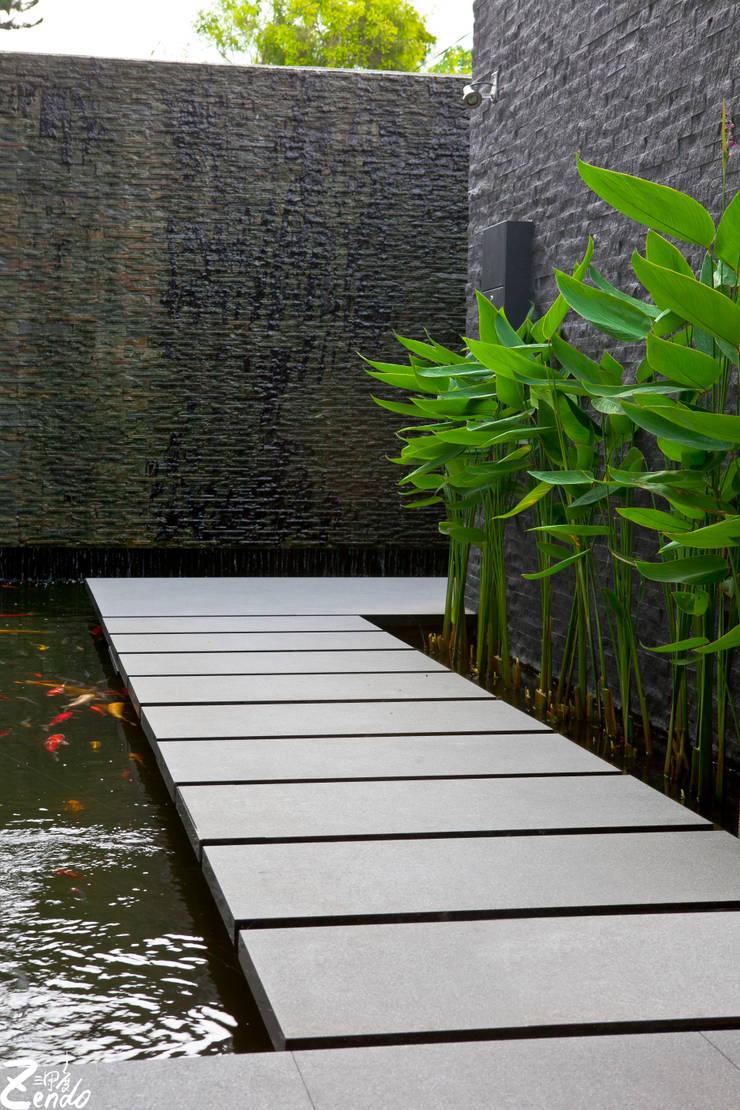 心靈會館:  庭院 by Zendo 深度空間設計
