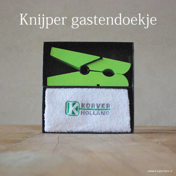 Cadeaudoos Peg & Towel:   door Knijpertjes.nl, Landelijk Hout Hout