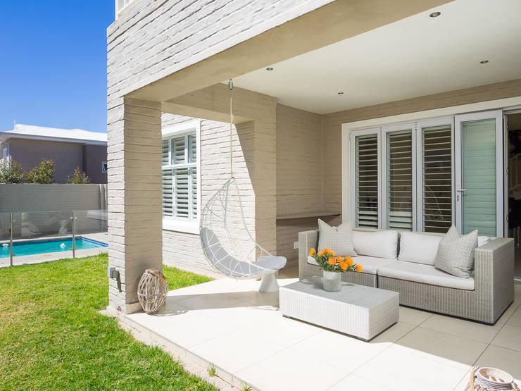 minimalistic Garden by Principia Design