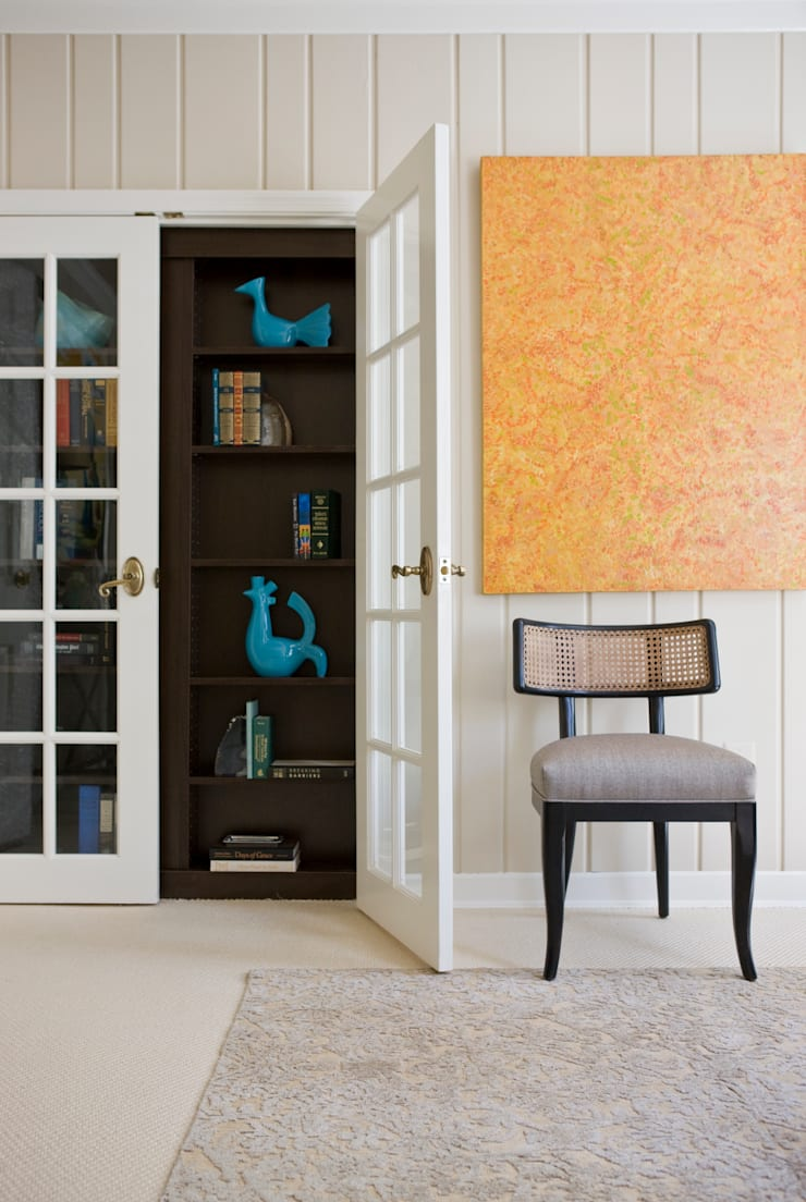 DC Design House - Custom Closet and Chair:  Living room by Lorna Gross Interior Design