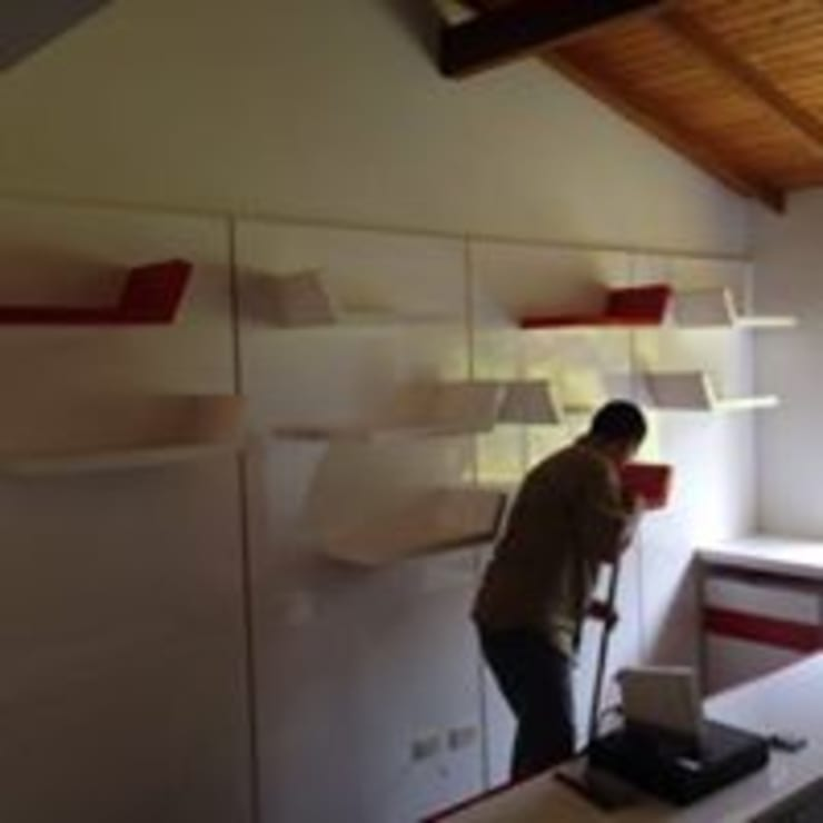 INSTALACIÓN: Estudio de estilo  por ARENO Diseño de espacios