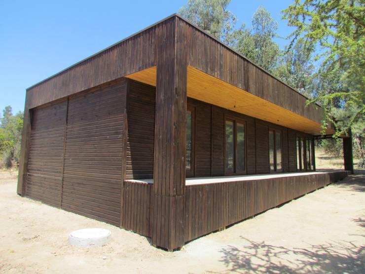 Futrono: Casas de estilo  por Casur