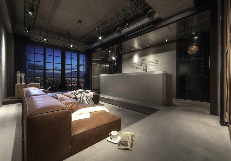 聚場 Stage:  客廳 by 璧川設計有限公司