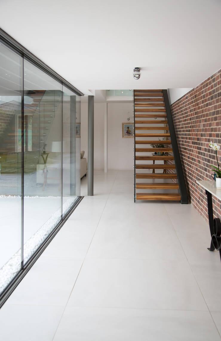 Koridor dan lorong oleh Smarta, Modern