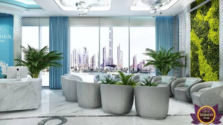   Clinic Interior design of  Katrina Antonovich:  Corridor & hallway by Luxury Antonovich Design