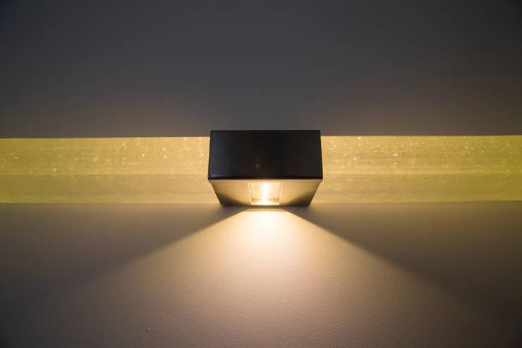 Transparant gefused glas.:   door Kunst & Licht & Glas, Minimalistisch Glas