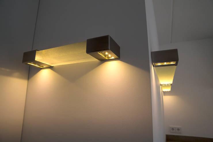 Keuken verlichting op maat.:   door Kunst & Licht & Glas, Minimalistisch Glas