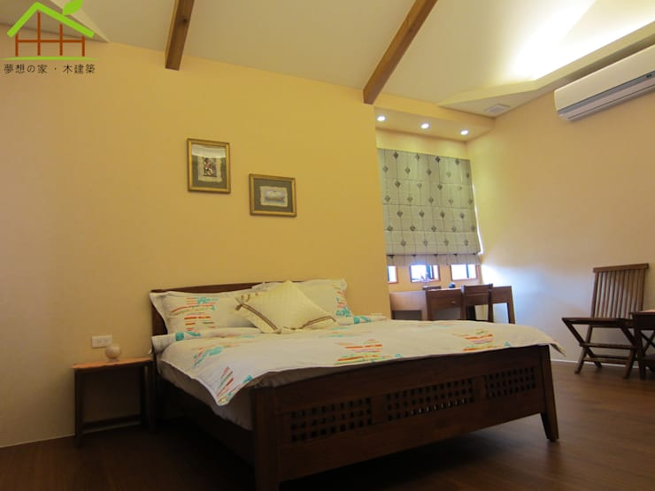 Bedroom by 詮鴻國際住宅股份有限公司,