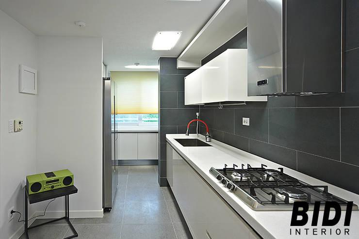망원동 대림 아파트 : 인테리어비디의  주방