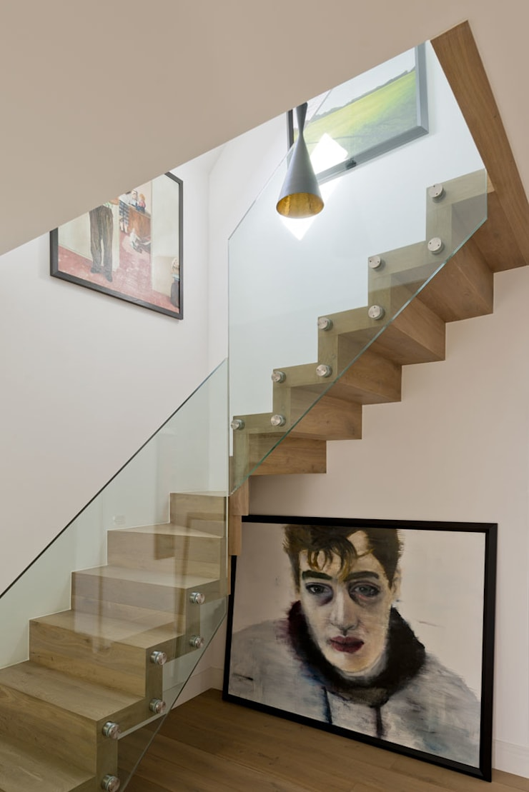 Hampstead Penthouse:  Corridor & hallway by DDWH Architects