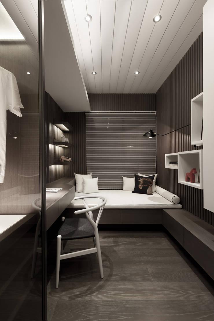 雙水灣:  嬰兒房/兒童房 by 大觀室內設計工程有限公司