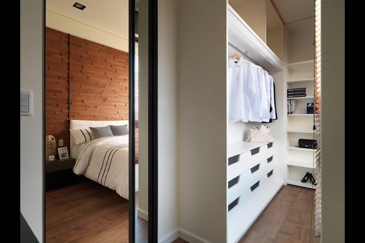 غرفة الملابس تنفيذ 星葉室內裝修有限公司