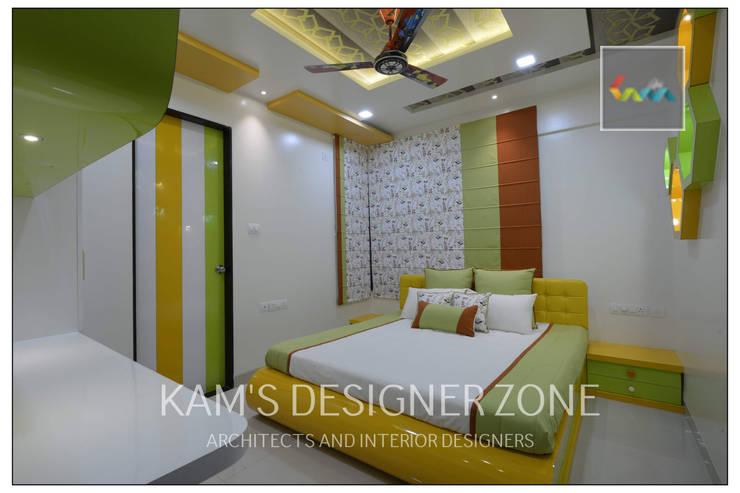 Apartment in Pharande L- Axis:  Teen bedroom by KAM'S DESIGNER ZONE