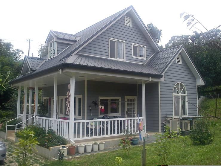 Casas de estilo rural por 晶莊工程有限公司