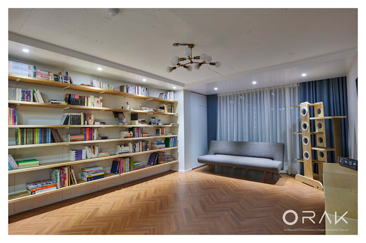 사당동 우성아파트 2차 / 35평형 아파트 인테리어: 오락디자인의  거실