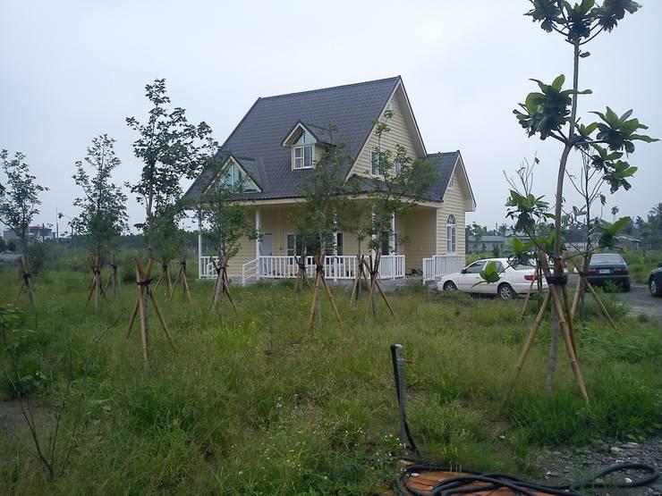 Projekty,  Domy zaprojektowane przez 晶莊工程有限公司