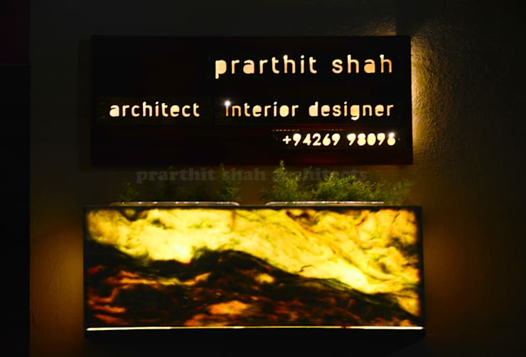Architect's Office and Home @ Sarvodaya First Floor:  Artwork by prarthit shah architects
