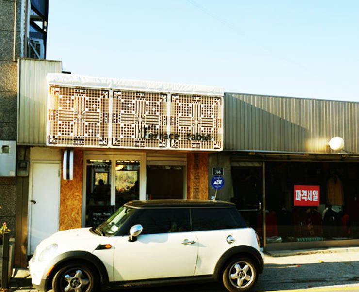 Bakery 인테리어: Design Guild의  주택
