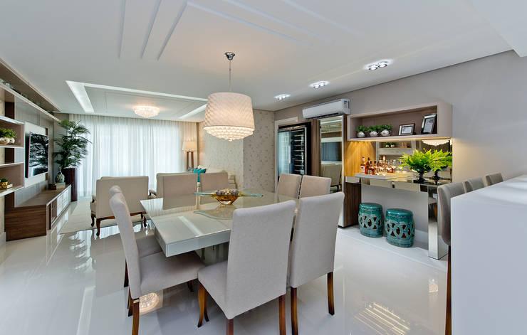 غرفة السفرة تنفيذ Kris Bristot Arquitetura