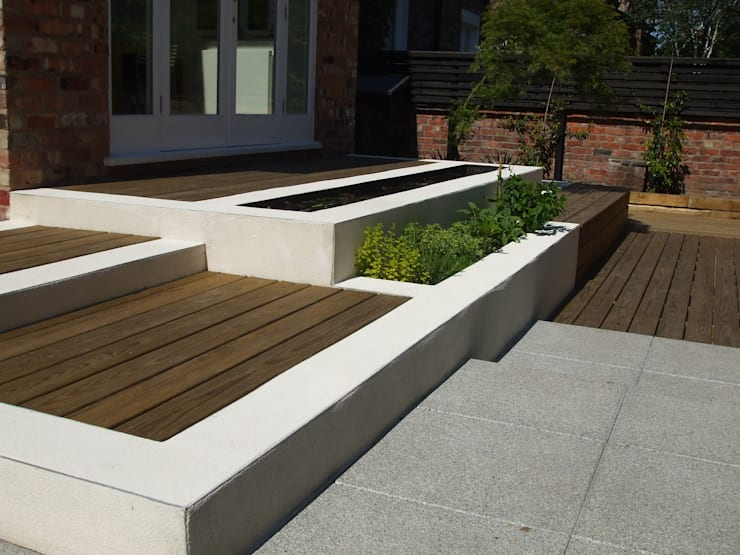 Stylish Contemporary in Didsbury:  Garden by Charlesworth Design