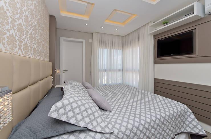 غرفة نوم تنفيذ Kris Bristot Arquitetura