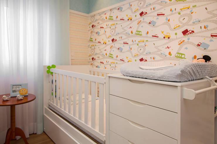 Dormitorios infantiles de estilo  por Espaço Alessandra Luz Casa & Jardim