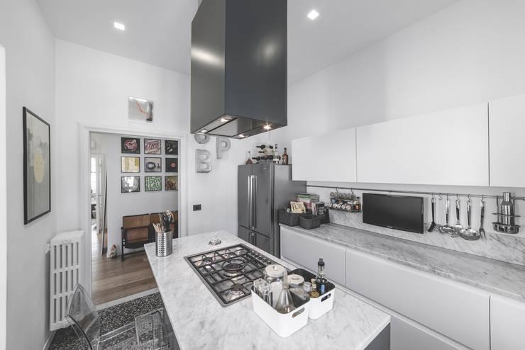 Кухни в . Автор – MODO Architettura